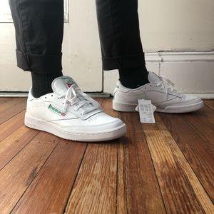 Reebok Club C 85 in white/green